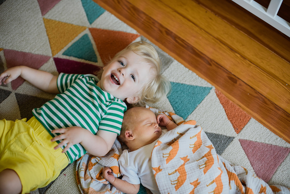 At-home family newborn session in Roanoke, Virginia